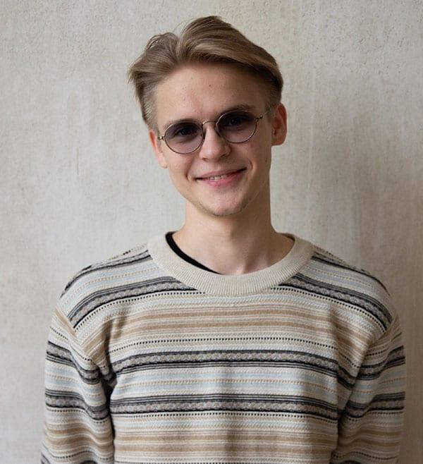 Ефремов Илья